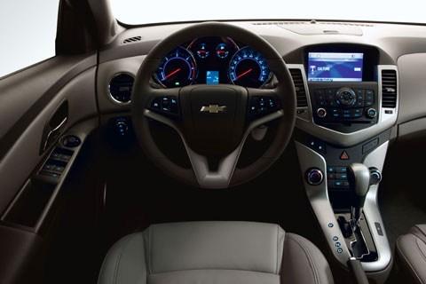 Chevrolet Cruze - вызов компактным авто