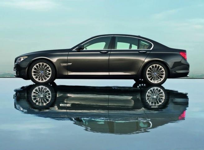 BMW_740