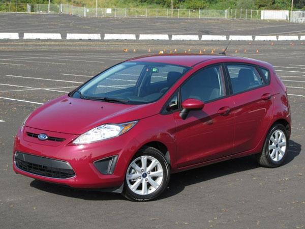 Автомобиль Ford Fiesta 2011 необычайно красив и функционален
