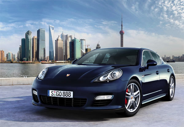Porsche Panamera очень напоминает Porsche 911