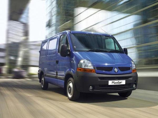 Renault Master – вместительный фургон для комфортабельной перевозки грузов
