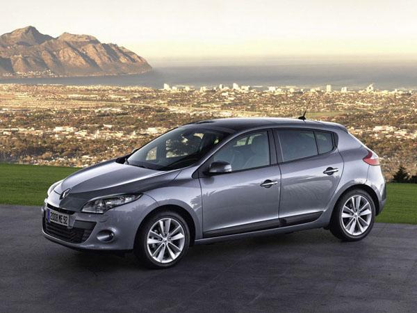 Renault MEGANE HATCHBACK – автомобиль, обновленный внутри и снаружи
