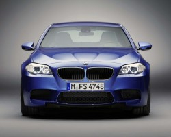 BMW_M5_F10_2012-03