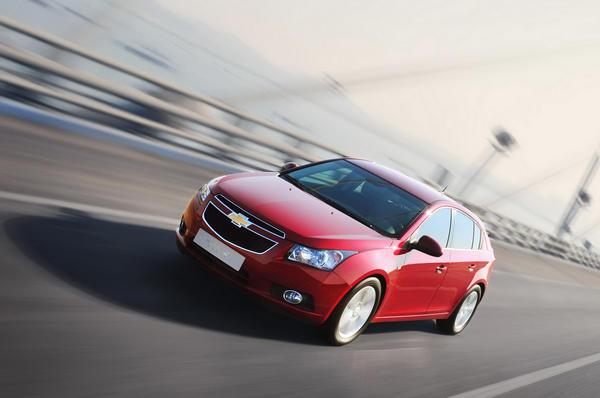 Краткий обзор Chevrolet Cruze 2012